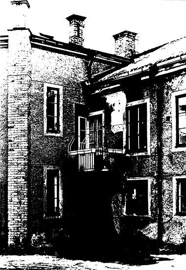 EM_1915.jpg